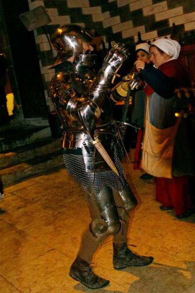 Chillon: le bal médiéval en armure!