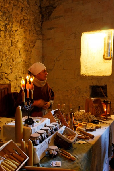 Chillon: le marché médiéval.