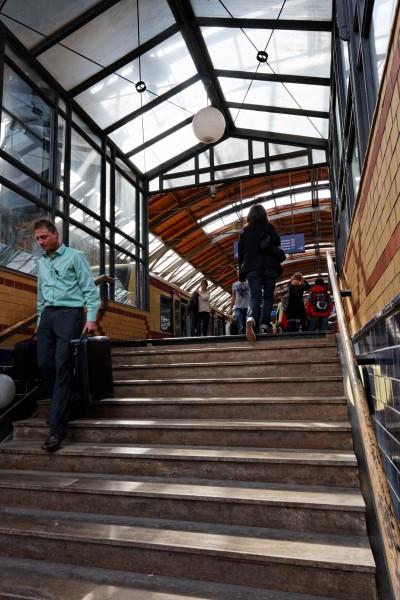 La station de métro à HackescherMarkt