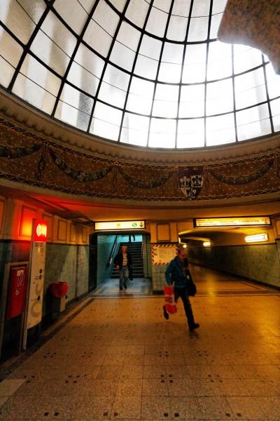 La gare de métro à Mexicoplatz, Berlin