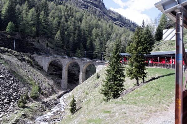 Montée incroyable pour un train sans crémaillère!